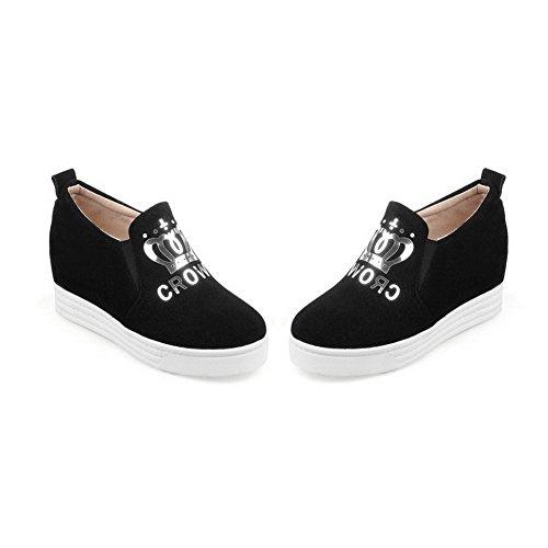 AllhqFashion Damen Rund Zehe Mattglasbirne Rein Ziehen auf Pumps Schuhe Schwarz