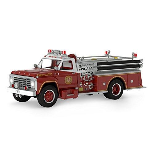 Hallmark Keepsake 2017 Fire Brigade 1979 Ford F-700 Fire Engine Dated Christmas Ornament With Light
