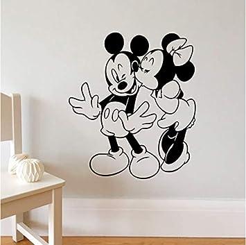 Mickey Minnie Mouse Wandaufkleber Fur Wohnkultur Wohnzimmerzubehor Wandtattoo Vinyl Wandkunst Abnehmbare Tapete Amazon De Baumarkt