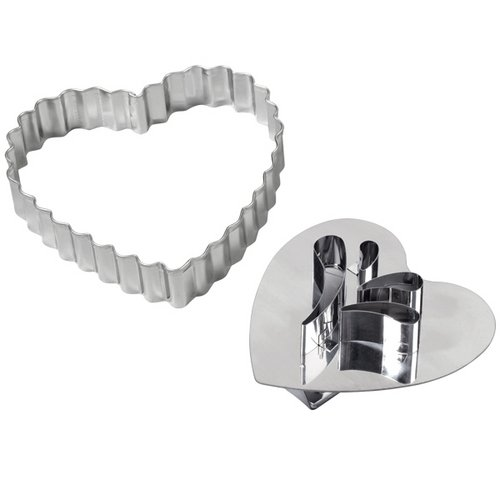 Wilton 2308-0334 Valentine Giant Heart Detail Cookie Cutter, Set of (Giant Heart Shaped Cookie)