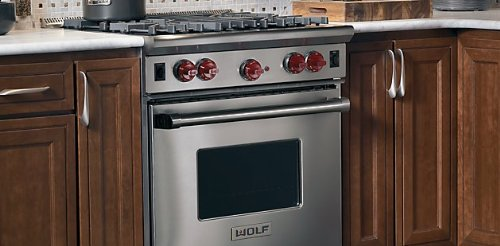 Wolf R304 30' Pro-Style Gas Range with 4 Dual Brass Open Burners, 4.4...