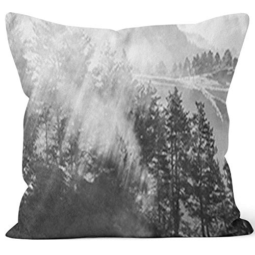 Nine City Rays of The Sun Breaking Through The Fog Georgia Throw Pillow Cushion Cover,HD Printing Decorative Square Accent Pillow Case,40