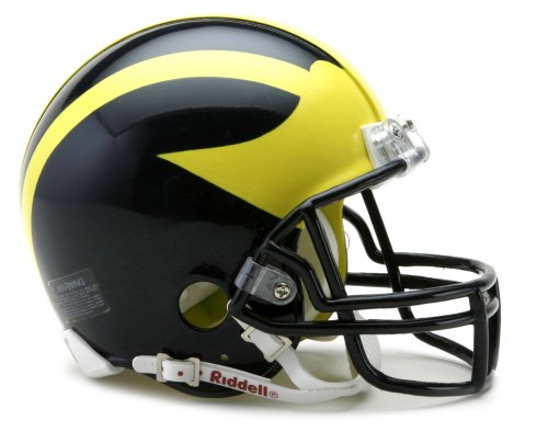 NCAA Michigan Wolverines Replica Mini Football ()