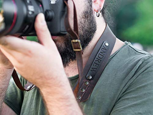 Personalized camera strap made from leather, perfect gift for photographer. ()