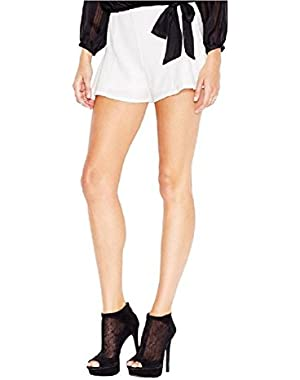 Guess Women New $69 Flirty Mid-Rise Dress Shorts Macadamia (White, 2)