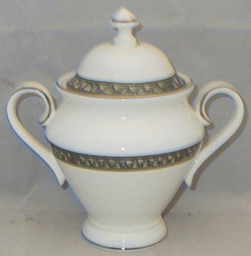 - Waterford Laurel Sugar Bowl & Lid