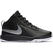 Nike Kids Team Hustle D 7 (GS) Basketball Shoe