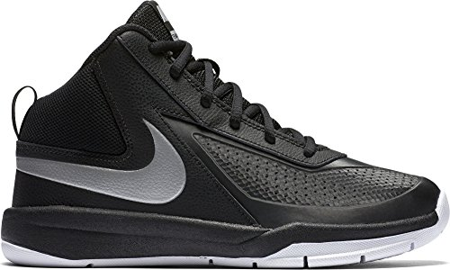 NIKE Boys' Team Hustle D 7 Basketball Shoe (GS), Black, 7 M US Big Kid