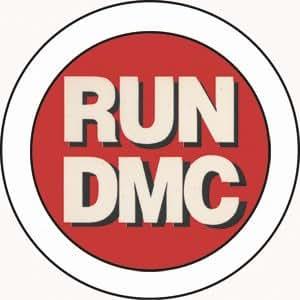 amazon com run dmc logo 1 5 pinback button kitchen dining rh amazon com