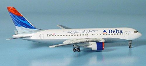 herpa-504423-delta-air-lines-boeing-767-400er-1500-scale-spirit-of-delta-livery-reg-n102da
