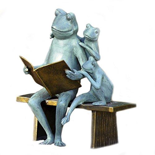 Reading Frog Family Garden ()