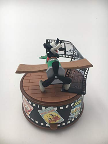 Enesco Mickey & Co - Crazy Plane Action Musical (Plays Magnificent Men in Their Flying Machine) 258512