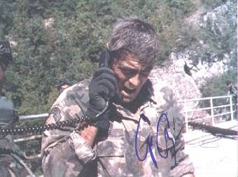 Autograph-Warehouse-10483-George-Clooney-Autographed-8-x-10-Photo-Actor-Peacemaker