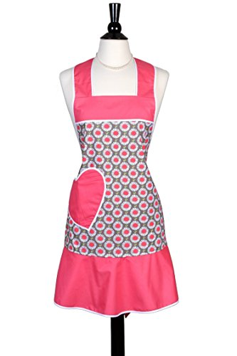 Grandmas Old Fashioned - ON SALE 50% OFF - Womens Ruffled Kitchen Apron in Pink Daisies with Heart Pocket - Over the Head Neckband