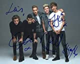 ONE DIRECTION Niall Horan, Zayn Malik, Liam Payne, Harry Styles, Louis Tomlinson 8x10 Music/Musician/Band Photo Signed In-Person