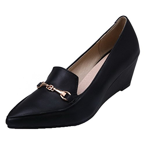 Allhqfashion Dames Solid Pu Kitten-hakken Pull-on Closed-toe Pumps-schoenen Zwart