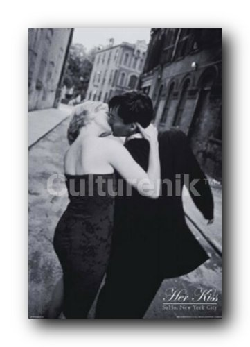 Her kiss soho new york city nyc decorative romantic travel photography poster print 24x36