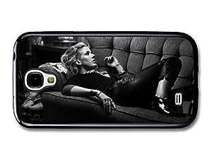 AMAF ? Accessories Ellie Goulding Singer Portrait on a Sofa case for Samsung Galaxy S4