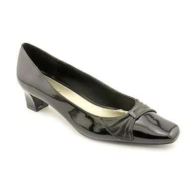 Easy Street Women's Chance Slip-on Shoes,Black Patent,7 M US