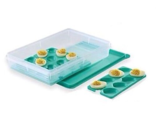 Tupperware Snack-Stor Large with Egg Tray Inserts in ()