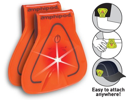 amphipod-vizlet-wearable-triangle-led-reflector-clip-on