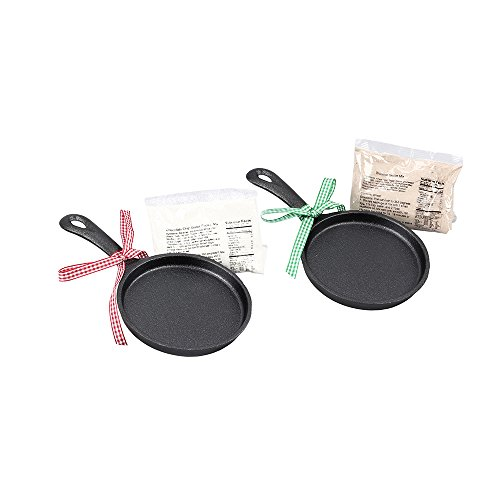 Youngs Cast Iron Skillet Cookie Set]()