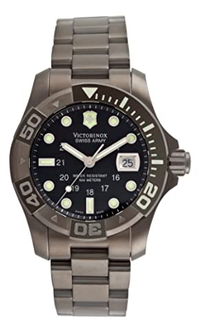 Victorinox Swiss Army Men's 241264 Dive Master 500 Ice Black Dial Watch (Mens Swiss Army Watch Diver 500)
