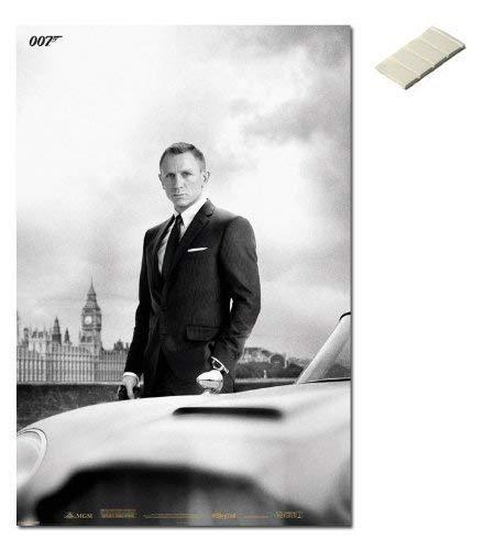 Amazon Com Iposters Bundle 2 Items Skyfall James Bond