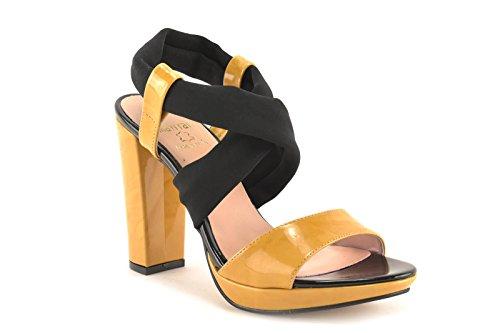 ConBuenPie by Mayfran - modelo 5624 - Calzado de Piel para Mujer Color Amarillo Amarillo