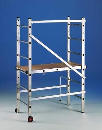 Andamio de aluminio transformable en escalera 3x6: Amazon.es ...