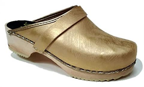 AM-Toffeln 100 Wooden Swedish Clog in Metallic Gold - Size 37
