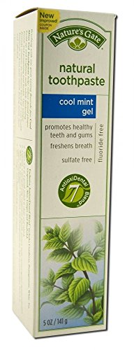 Nature's Gate Fluoride Free Toothpaste Cool Mint Gel With Aloe, Ginger, Bisabolol, Cranberry, Pomegranate, White Tea, Grapeseed and Silica, 5 oz. (141 g) (Pack of 2)