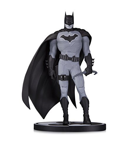 an Black & White: Batman by John Romita Jr. Resin Statue ()