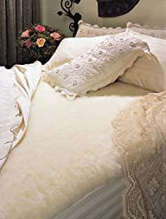 SnugFleece Wool Mattress Pads provide unsurpassed comfort! These pads offer superb craftsmanship and quality that is not found elsewhere. Wool has a unique way of accommodating fluctuating body temperature helping you stay warm in the winter ...