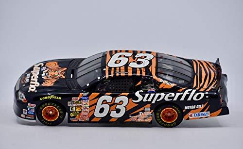 2000 - NASCAR - Exxon Superflo Motor Oils - Mark Green #63 - Chevy Monte Carlo - 1:24 Scale Die Cast - Collectible