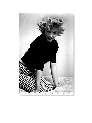 Funny Ugly Christmas Sweater Marilyn Monroe Photo Printed Art Marilyn Monroe Poster Fashion Art Illustration Modern Art Fan Gifts 11