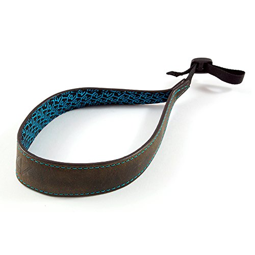 4V Design Ergo Large Handmade Leather Camera Wrist Strap Washed Tuscany Leather w/Universal Fit Kit, Green/Cyan (1LS01BWW2830)