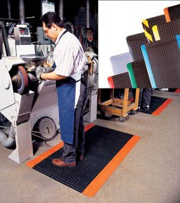 Superior Mfg. Group, Notrax Deluxe Diamond Deck Mats - Full Rolls Of Matting, H979R0048, Size: 4 X 75', Thickness: 1