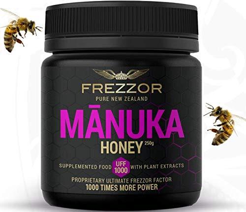 FREZZOR Manuka Honey UFF1000, Made in New Zealand, 7 Superfood Antioxidants Infusion, 1000x Anti-Bacterial Activity, Skin & Digestive Health, Sore Throat, Cold & Flu Relief, Immunity, 250 Gram Jar