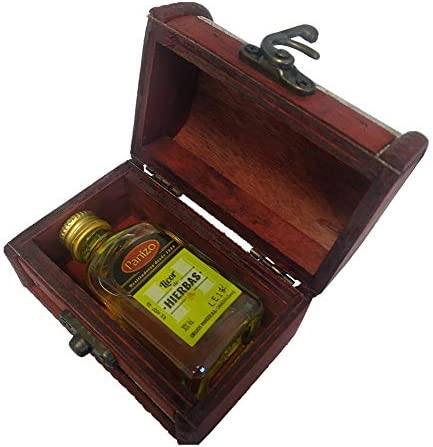 (Lote de 24 detalles) Baúl de madera con licor de hierbas ideal para regalar a los invitados en bodas, comuniones.