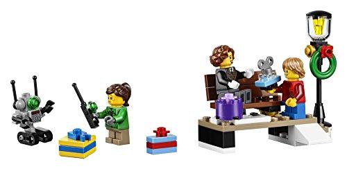 41o8EzOlgGL - LEGO Creator Expert Winter Holiday Train 10254 Construction Set