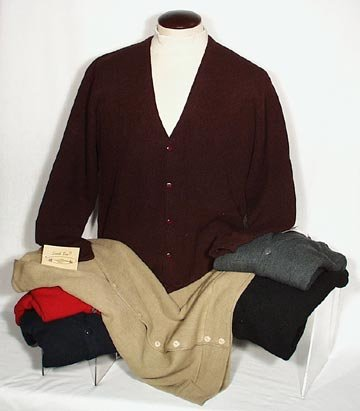 Men's Solid Link Cardigan Sweater