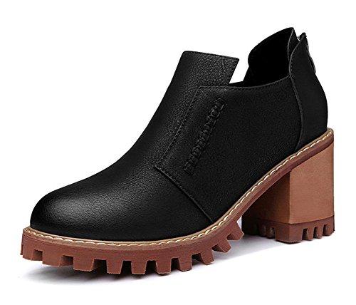 Mme printemps et chaussures d'automne
