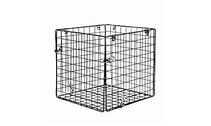 Amazon.com: Elusive Wildlife Square Varmint Cage: Sports ...