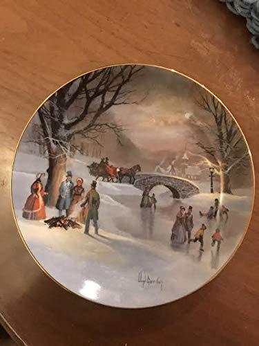 "W.S.George Fine China Lloyd Garrison""Holiday Skaters"" Plate"