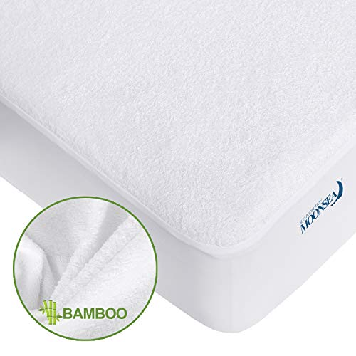 """Waterproof Mattress Protector Full Ultra Soft Bamboo Terry Mattress Protector, Hypoallergenic Breathable Noiseless Mattress Pad Cover Fitted up to 14"""" Deep Pocket"""