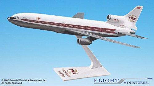 (TWA (64-74) L-1011 (1:250); LK-10110I-012 Airplane)
