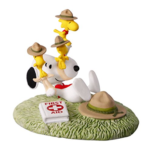 Hallmark Keepsake Christmas Ornament 2018 Year Dated, The Peanuts Gang First Aid Lessons (Sale Brown Christmas Cards Charlie)