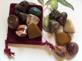 - Stone Set: 7 Jasper Stones ~ Fancy ~ Picture ~ Flower ~ Yellow ~ Red ~ Silver Leaf ~ Dragon Stone One Set of Ravenz Roost Stones with Pouch
