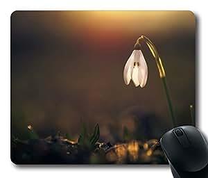 Snowdrop 4 Mouse Pad Desktop Laptop Mousepads Comfortable Office Mouse Pad Mat Cute Gaming Mouse Pad